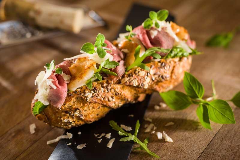 Pastrami-Vollkorn-Baguette