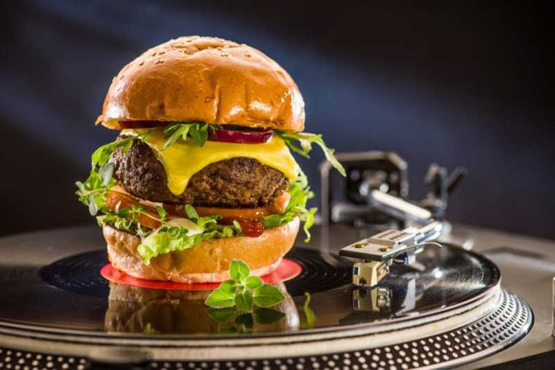 Vinyl-Classic-Burger
